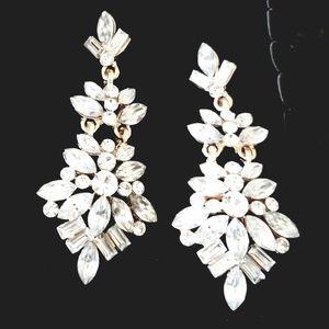 Beautiful Gold tone & Crystal Statement Earrings